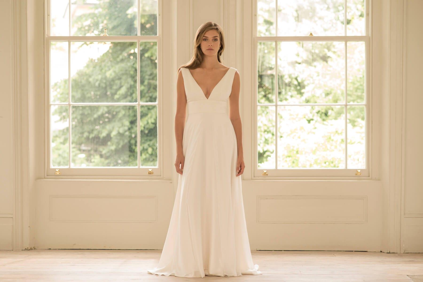 no sleeves deep v neck wedding dress