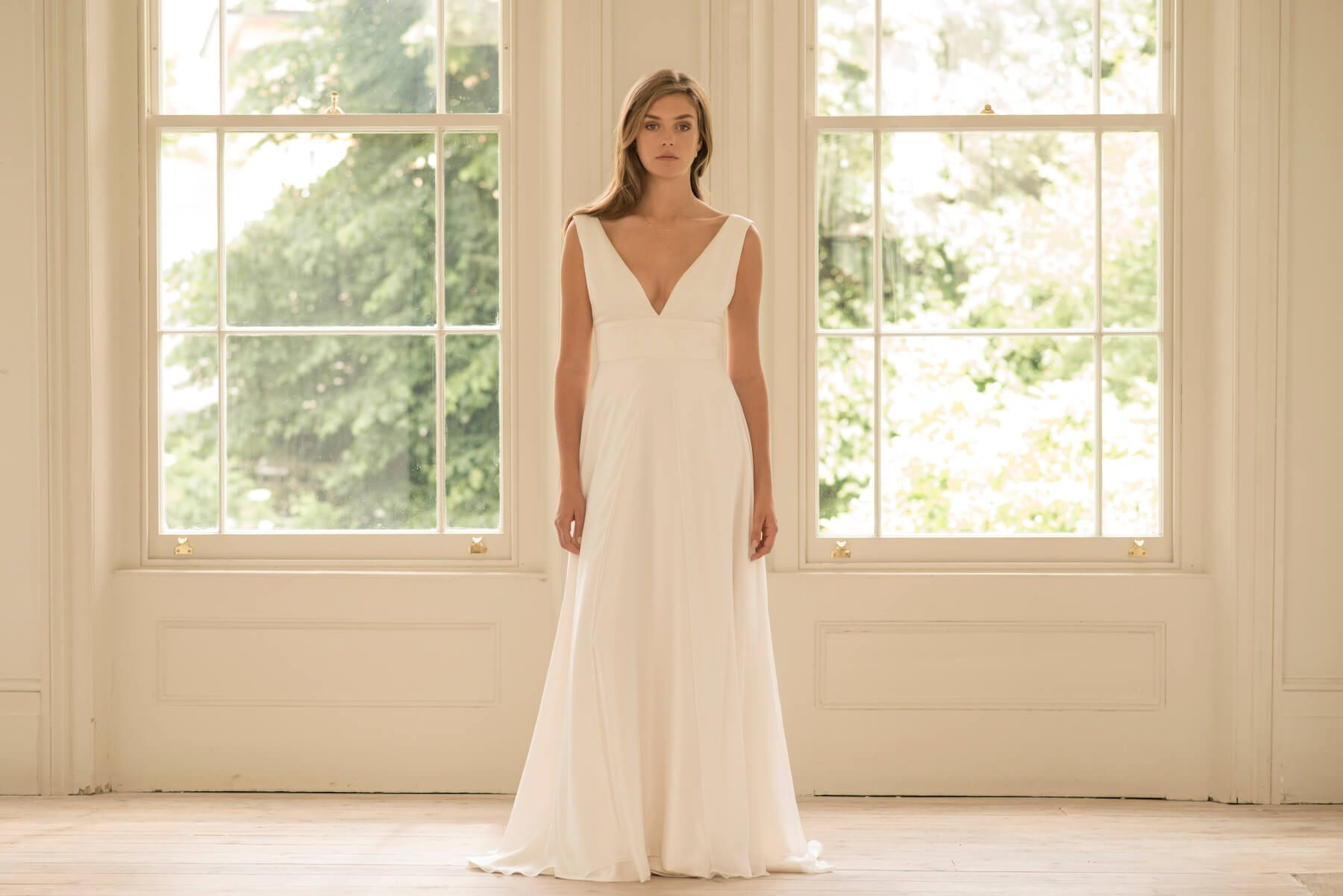 no sleeves deep v neck wedding dress