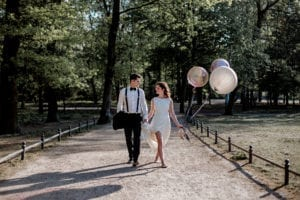 bride and groom photo shoot in park