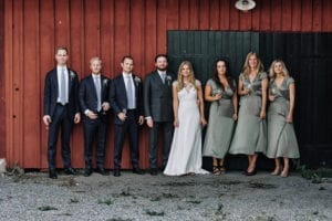 groomsmen and bridesmaid photo