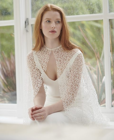 modern lace weddi