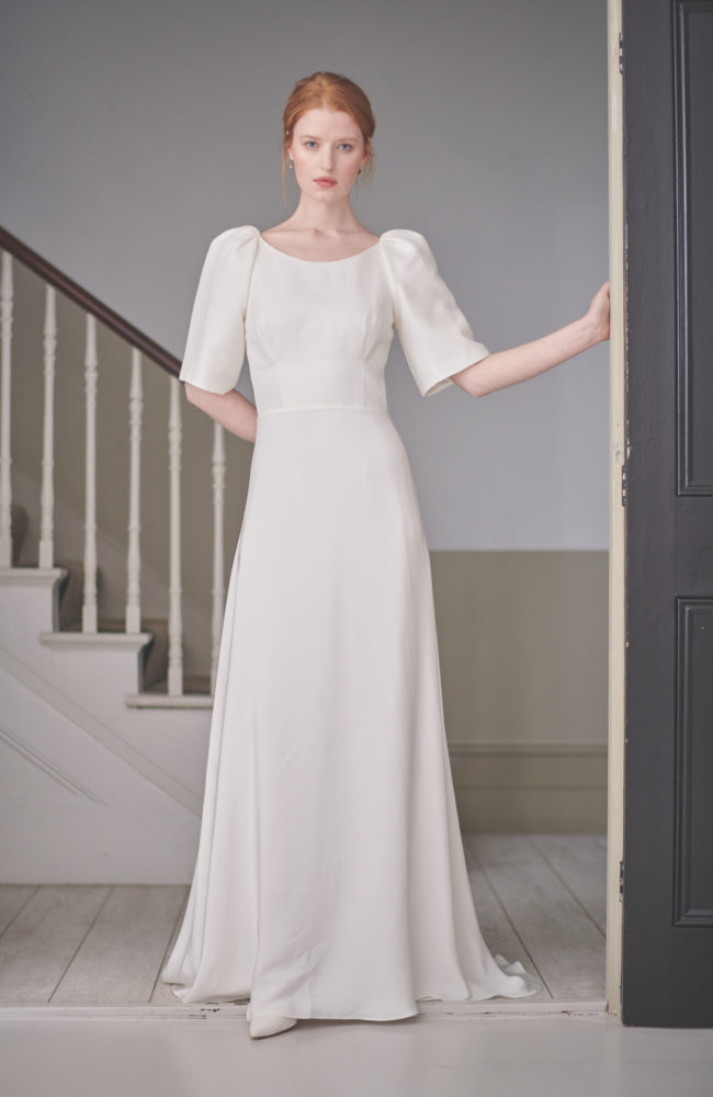 long sleeve backless wedding dress