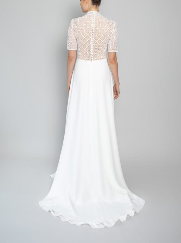 wedding gown with sleeves in lace