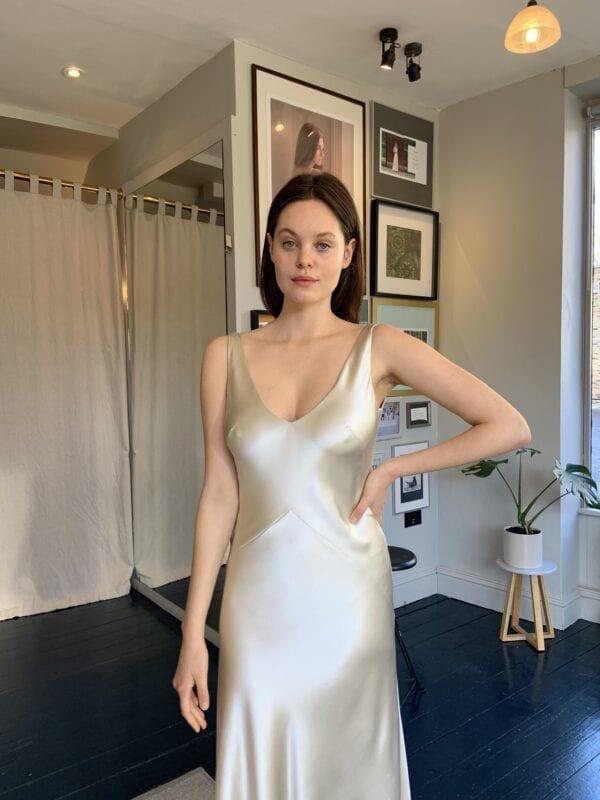 bias silk wedding party dress