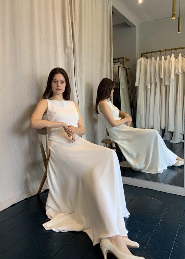 wedding dress with waistband