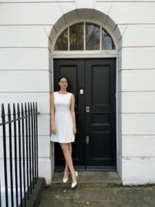 short sleeveless wedding dress
