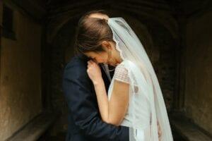 simple long lace edge veil
