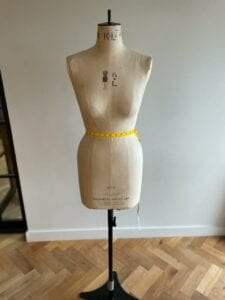 how to measure for a wedding dress